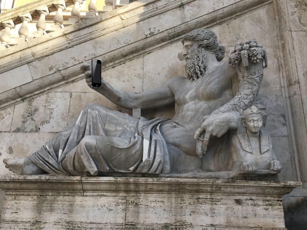 Selfie sem, selfie tam.